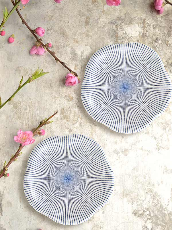 Sendan Tokusa Flower Shaped Platter (Small) (Set of 2)