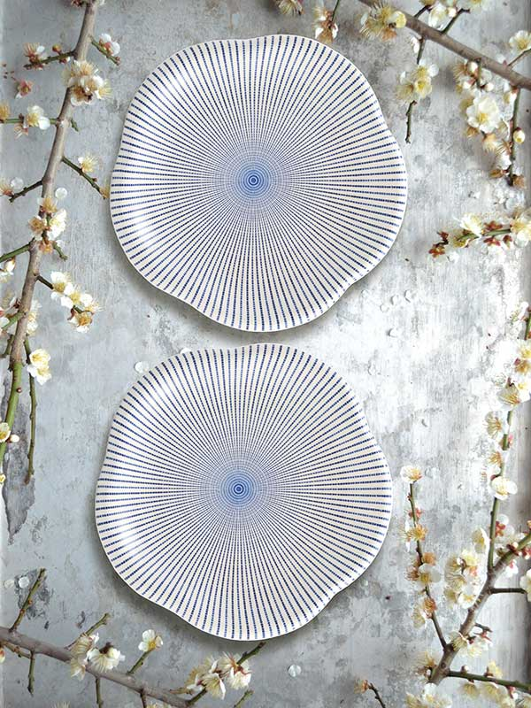 Sendan Tokusa Flower Shaped Platter (Big) (Set of 2)