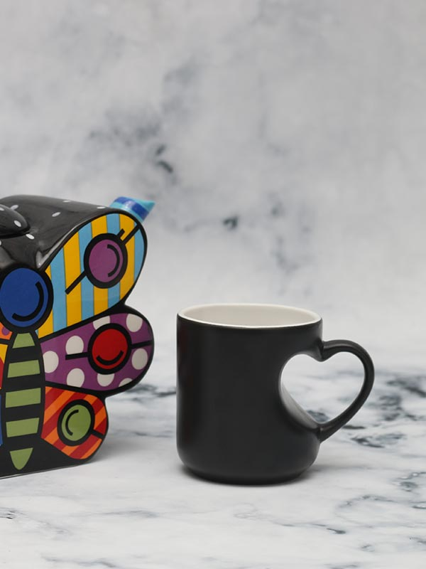 Heart Shaped Handle Coffee Mug (Black) (Set of 2)