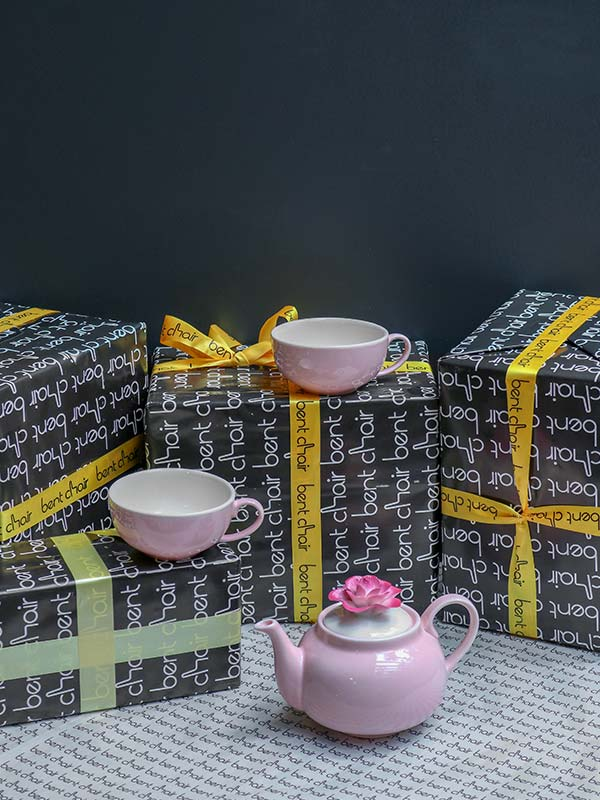 FLORAL DAINTY TEAPOT AND CUP SET (GIFT)