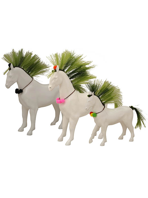 Charismatic Mane Sculpture (Set Of 3)