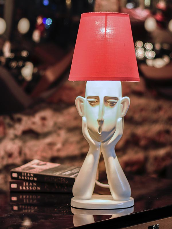 Groggy Face Table Lamp