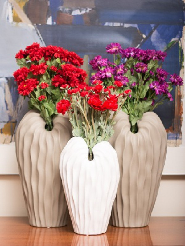 Angel Winged Vase (Cream)